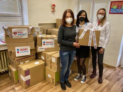 Péči o nevyléčitelně nemocné děti zajistí Mobilní hospic Ondrášek také díky daru od NADACE AGEL